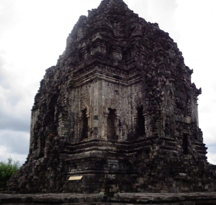 Keistimewaan Wisata Candi Kalasan di Yogyakarta