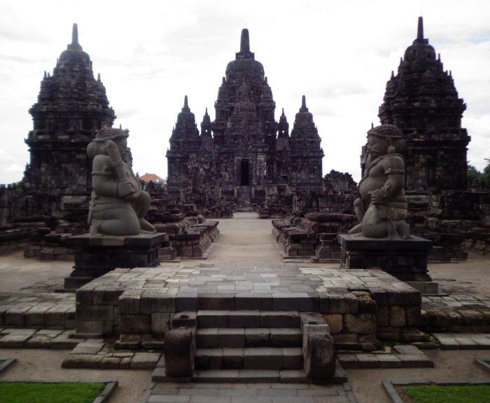 Menilik Keunikan Wisata Candi Sewu di Yogyakarta