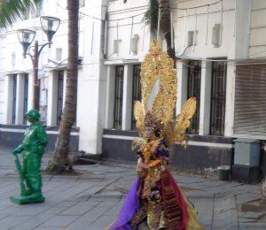 Manusia Patung - Wisata Kota Tua Jakarta