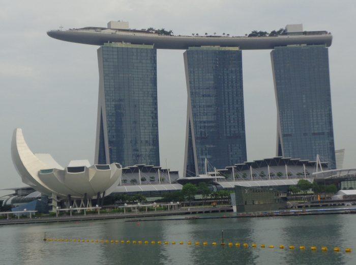 Pesona Wisata Marina Bay Sands di Negara Singapura